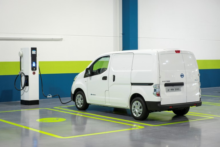2014 Nissan e-NV200 getting a charge