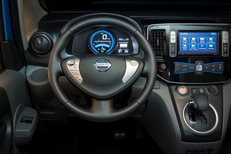 2015 Nissan e-NV200 view of dash and controls