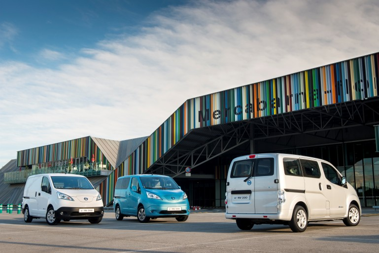 Nissan e-NV200 different colors